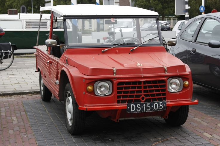 http://upload.wikimedia.org/wikipedia/commons/d/df/DS-15-05_CITROEN_MEHARI_1972.jpg