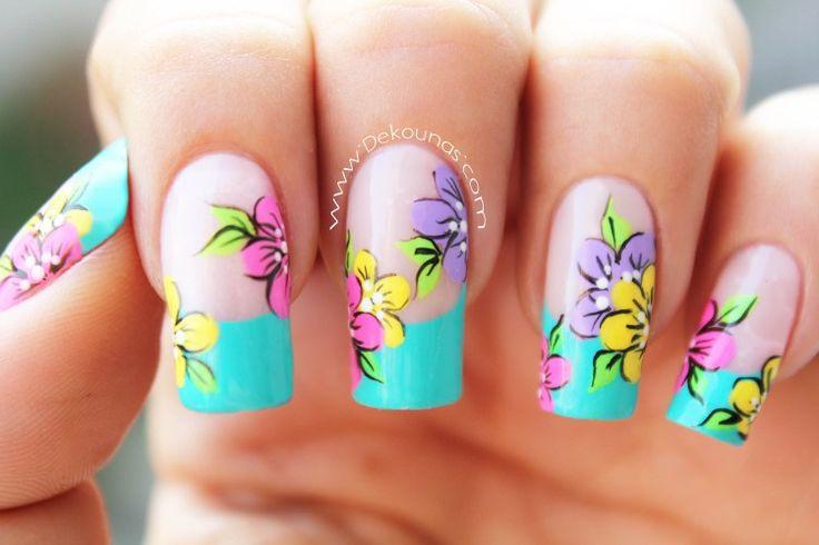 Decoración de uñas flores