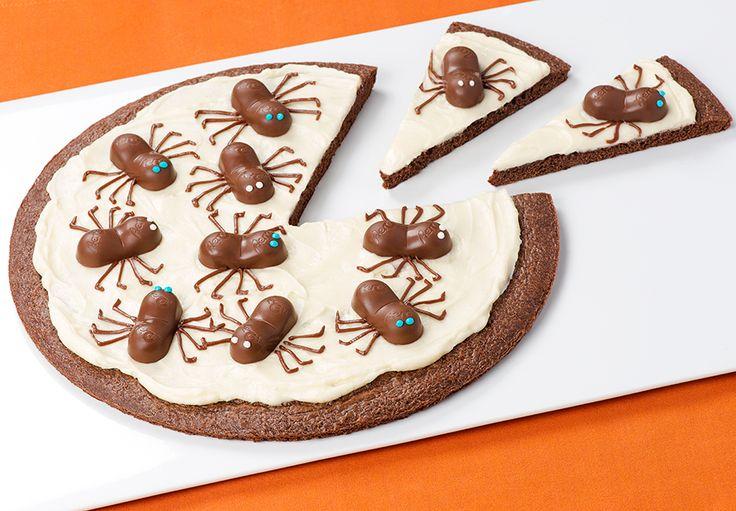 ScAERO Spider Brownie Pizza Try a spooky sweet twist on dessert pizza!