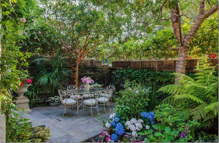 Garden retreat at jessica simpson 39 s house garden for Romantic patio ideas