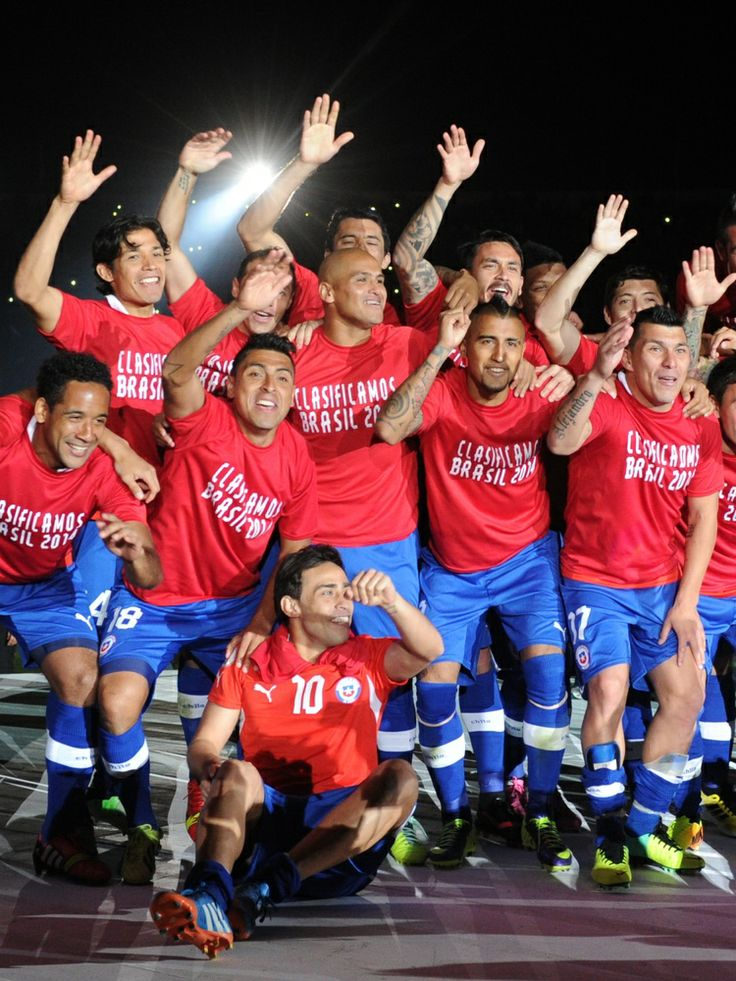 Chile Soccer! WONDERSOCCERTOWEL@GMAIL.COM