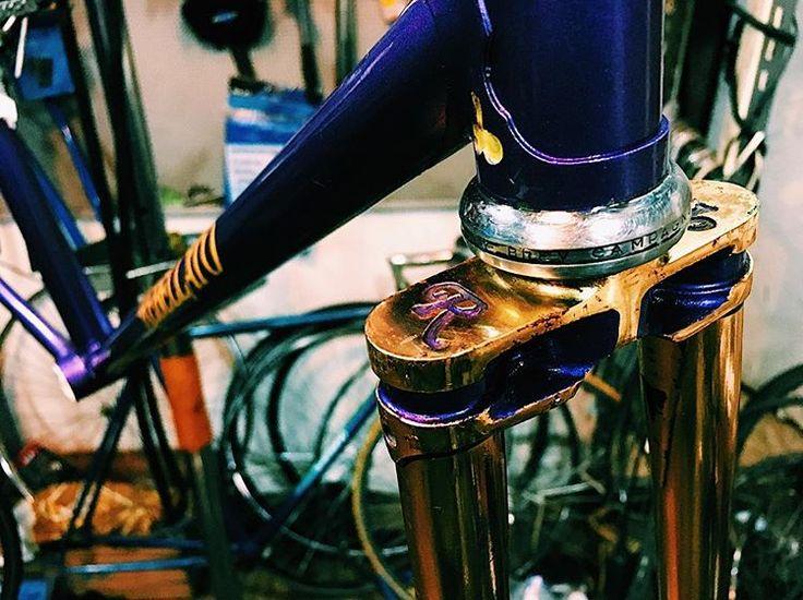 New bike Again...  .  .  .  #newbikeday #fixedgear #fixie #brakeless #gold #bike #trackbike #fixed #frame #campagnolo #instabike #trackcycling #rebellato