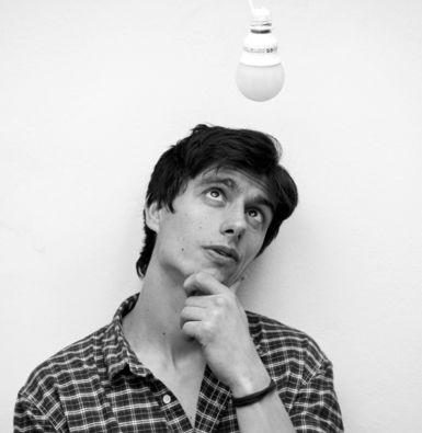 Giacomo Moor - Designer of the 95° Table