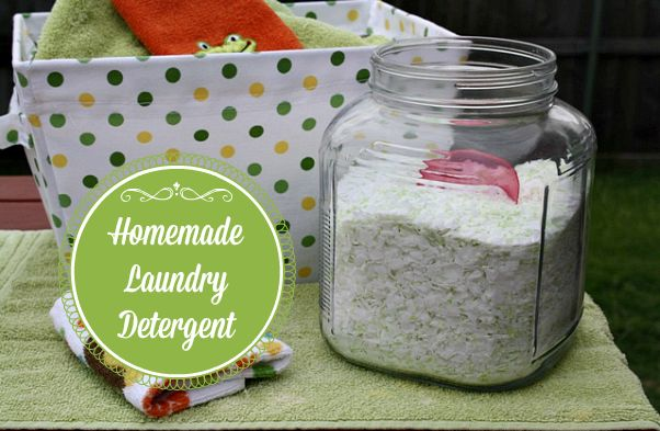 Mommy's Kitchen - Home Cooking & Family Friendly Recipes: Improved Homemade Powdered Laundry Detergent