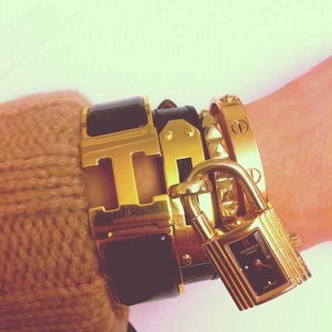 Hermes bracelet - but of course: Hermes Bracelets, Arm Candy, Fashion Clothing, Armparti, Gold Bracelets, Diamonds Rings, Black Gold, Bangles, Arm Parties