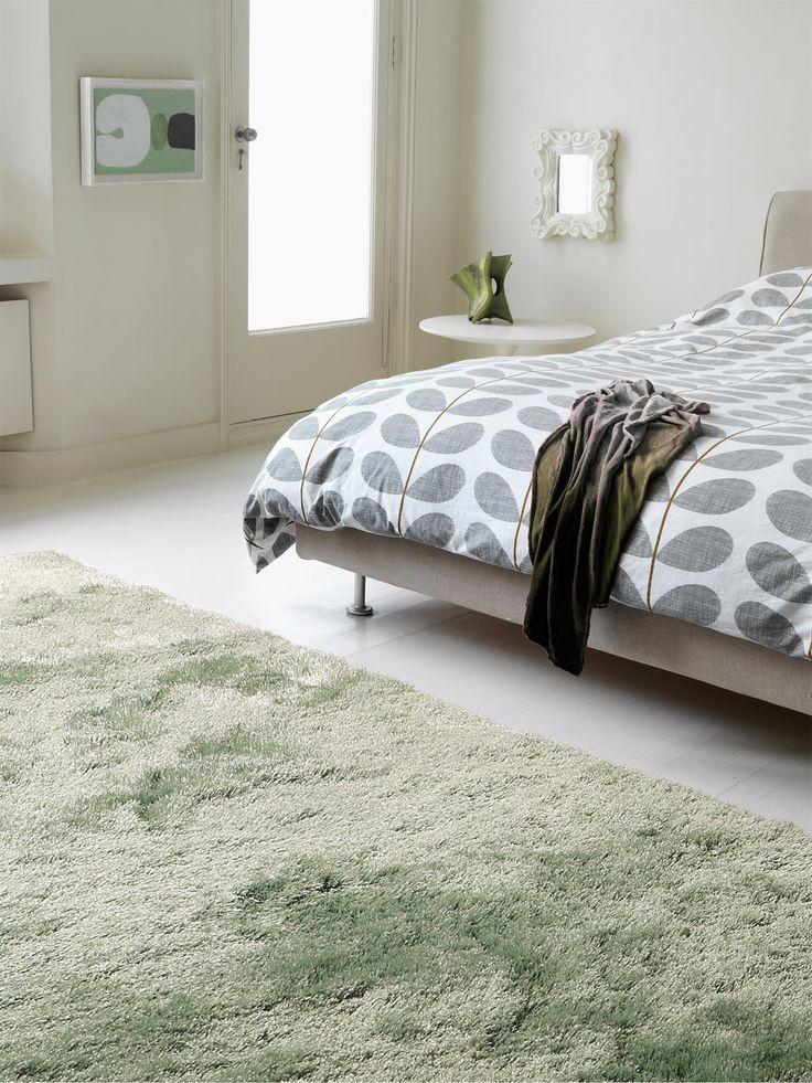 Entdecken Sie unseren Klassiker Whisper in neuen Trendfarben! Der schöne Hochflor-Teppich von benuta besteht aus besonders weichen & robusten Fasern. #benuta #teppich #interior #rugs