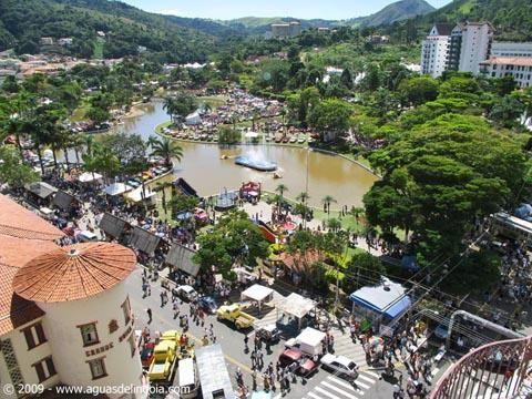 #AguasdeLindoia #PraçaAdhemardeBarros #ficaadica