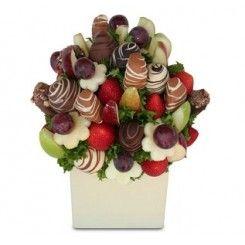 Chocolate dipped strawberries tree. Arbolito de fresas bañadas con chocolate, arreglos con frutas achocolatadas, fresas achocolatadas, fresas con chocolate