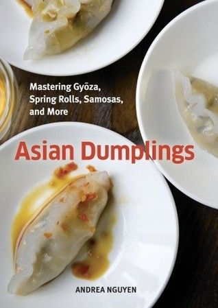 A delicious book with delicious recipes for Asian food lovers!  @http://lafatadellazucca.wordpress.com/2012/06/17/asian-dumplings-gyoza-o-ravioli-giapponesi-brasati/
