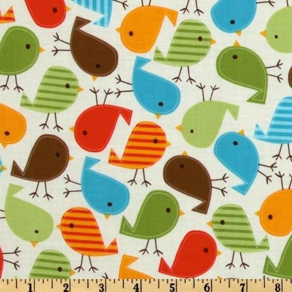 Coupon de tissu de Robert Kaufman.    Collection Urban Zoologie par Ann Kell  Motif : Birds in bermuda    Motifs oiseaux multicolores sur fond beige