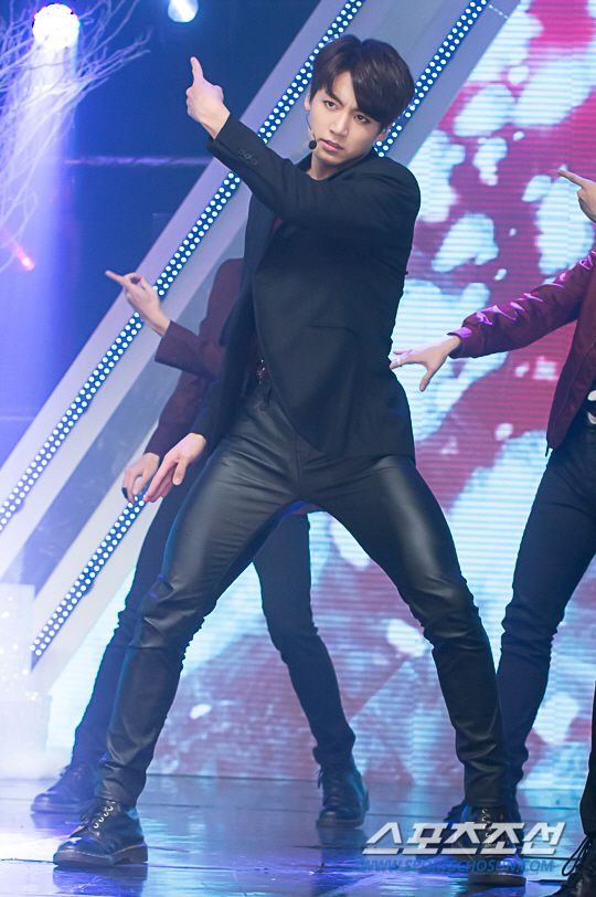 [Picture/Media] BTS at Simply Kpop [160101] | btsdiary ...