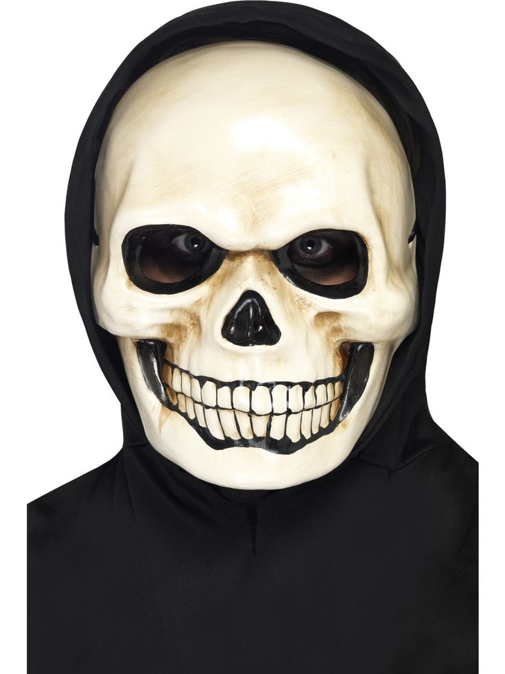 Pääkallomaski. Tehosta maskia hupullisella viitalla.