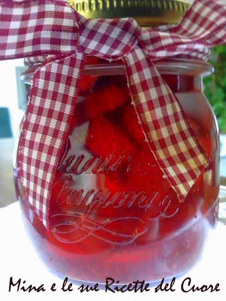 http://minaelesuericette.blogspot.it/2014/05/marmellata-di-fragole-con-pepe.html