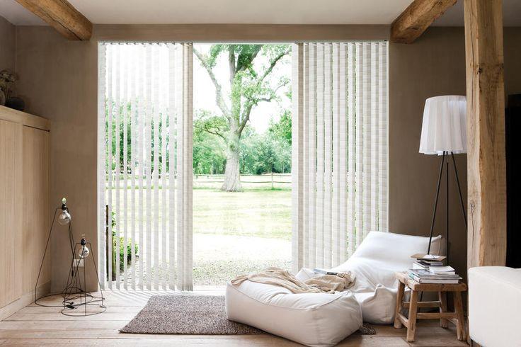 Copahome raamdecoratie verticale jaloezieën beige neutraal / La décoration de fenêtre. Stores à bandes verticales naturel beige