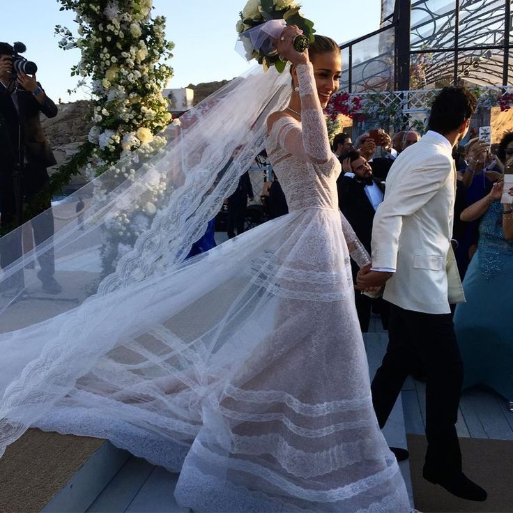 Ana Beatriz Barros ties the knot in Valentino wedding dress. Photo: Instagram