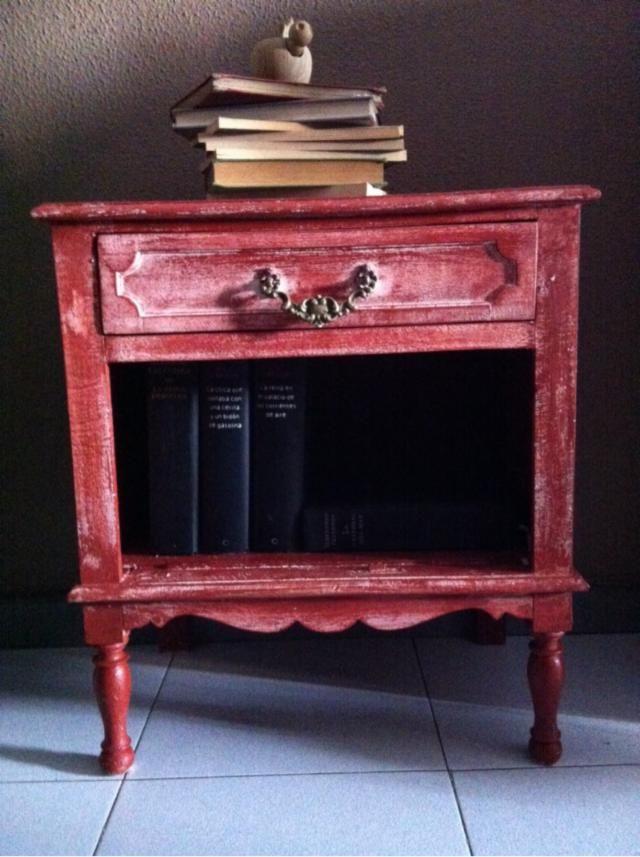 Mesita vintage restaurada pintar pinterest vintage for Wallapop murcia muebles
