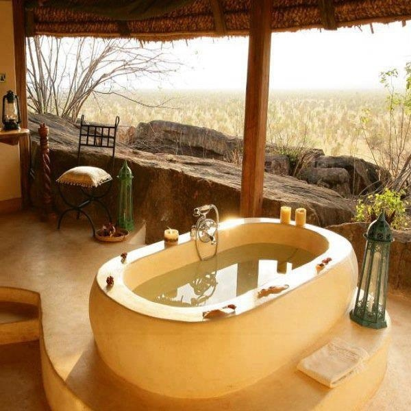 Lovely bathing area with an amazing view.