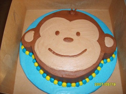 monkeys + cake = 2 of my favorite things