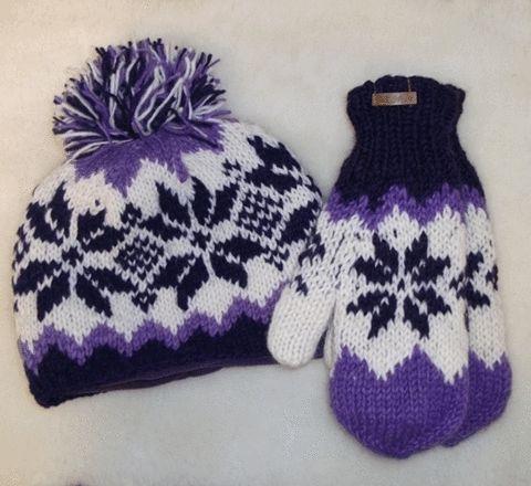 Wool Hats & Mitts - Zig Zag Pattern