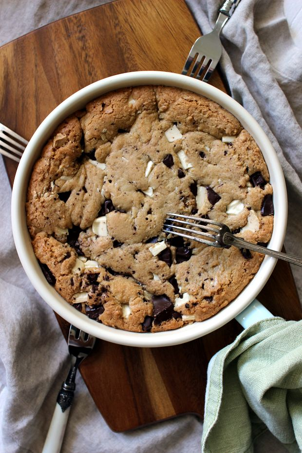 Wicked sweet kitchen: Chocolate chip skillet cookie