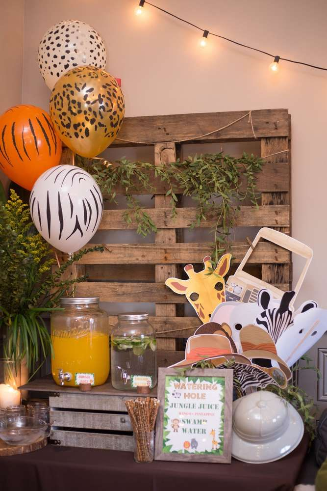 Lucas's Jungle/Safari 1st Birthday Party | CatchMyParty.com