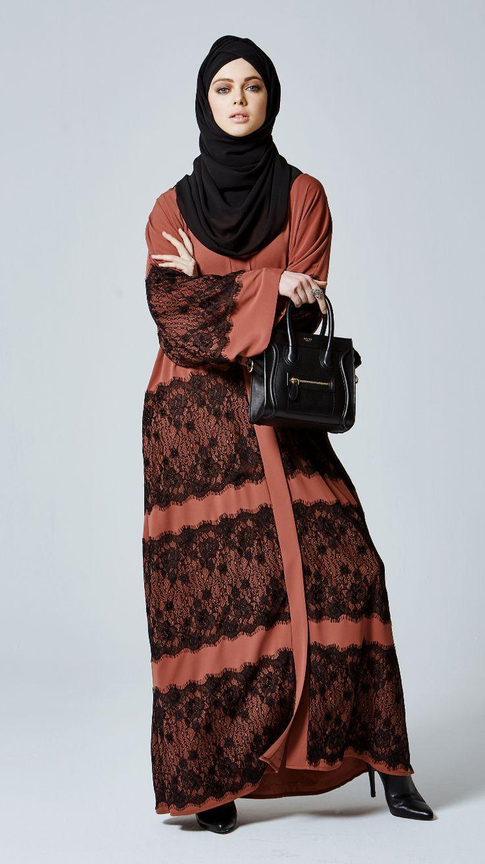 Feradje abaya, ferace, timeless piece