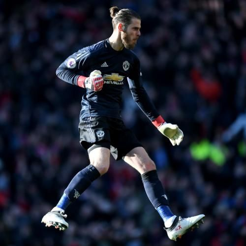 Real Madrid Transfer News: Cristiano Ronaldo Showing Interest in David De Gea: * Real Madrid Transfer News: Cristiano Ronaldo Showing…