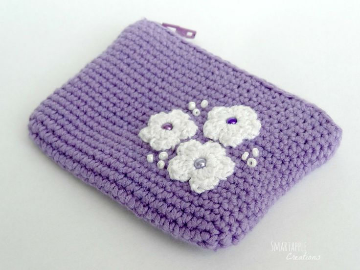 Crocheted coin purse by Smartapple Creations