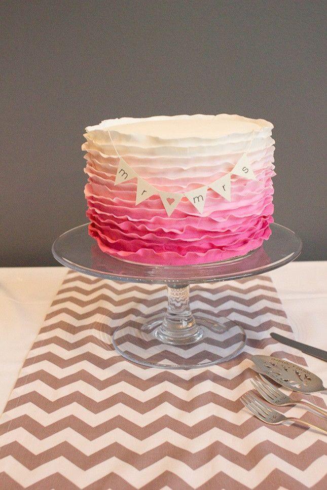 グラデーションがかわいい!モダンな結婚式のウェディングケーキまとめ一覧♡