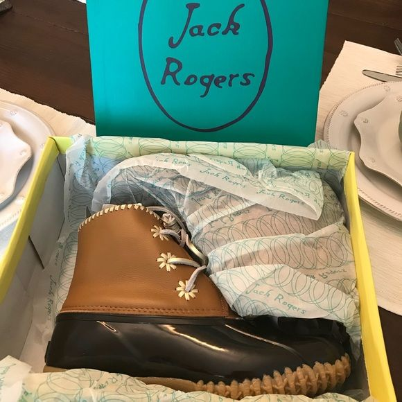 Jack Rogers Shoes - New in Box Jack Rogers Chloe Duck Boots Brown 8