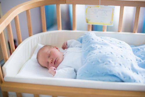 ベビーベッド 赤ちゃん