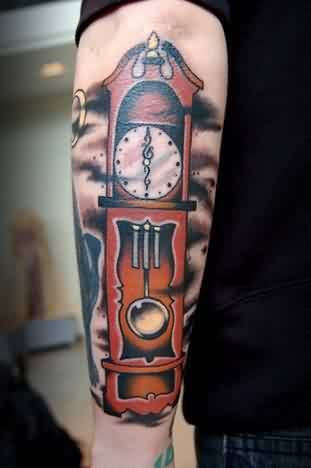 grandfather clock face tattoo. clock men tattoos page 4 tattooshunter grandfather face tattoo