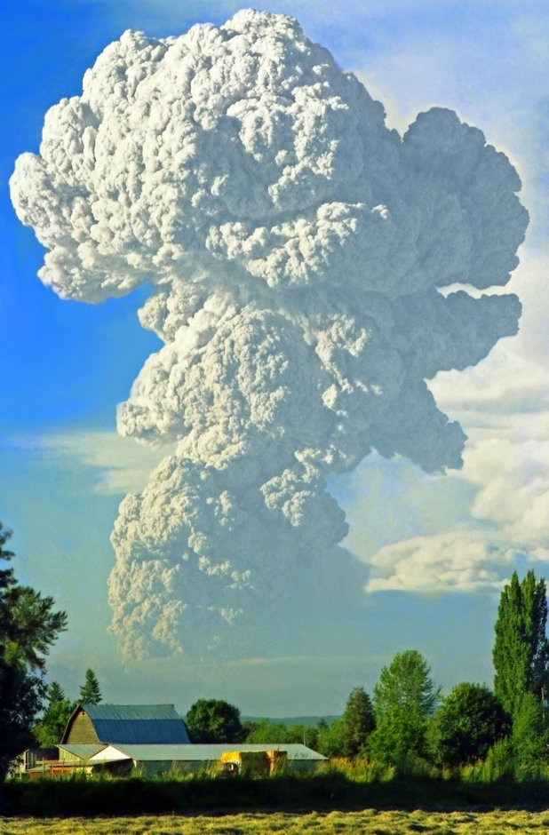 what what....my Birthday!! Mt. St. Helens eruption, 1980.  Photo by Jim Cottingham.