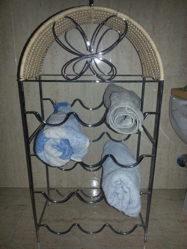 Idea para un toallero con un botellero:)