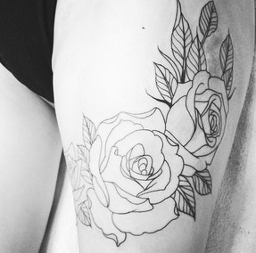 Outlined roses