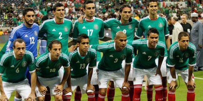 Meksika A Milli Futbol Takımı'nın Brezilya'da 12 Haziran-13 Temmuz tarihlerinde düzenlenecek 2014 FIFA Dünya Kupası aday kadrosu açıklandı.  Meksika Futbol Federasyonu'ndan yapılan açıklamaya göre, 23 kişilik aday kadroda şu isimler yer alıyor:  http://www.foreverbesiktas.net/meksikanin-aday-kadrosu-aciklandi/