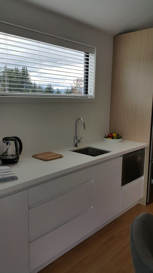 Kitchenette - white and timber