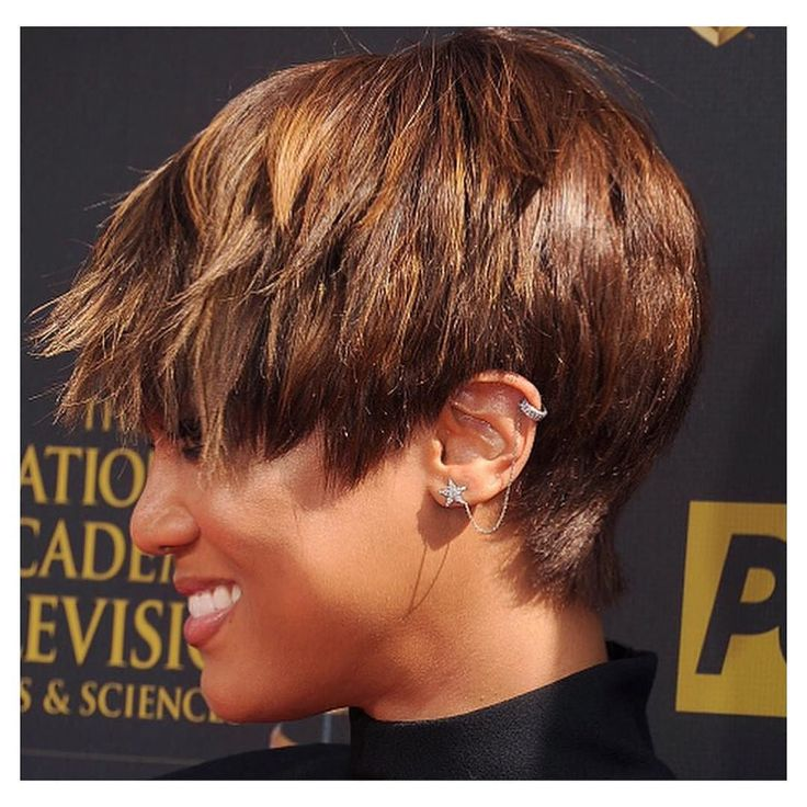 #FBF to when @tyrabanks wore the #ALEXMIKA #Star Chain Earcuff | alexmikajewelry.com