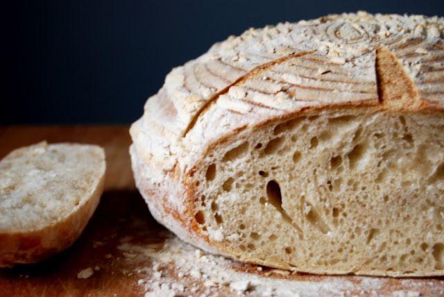Gospodyni Miejska: Chleb ulubiony (na zakwasie)