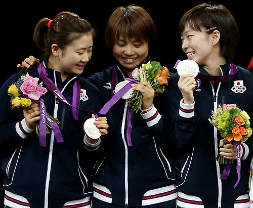 【ロンドン五輪フォトハイライト】8月7日 卓球女子団体で銀 サッカー男子、準決勝で敗れる
