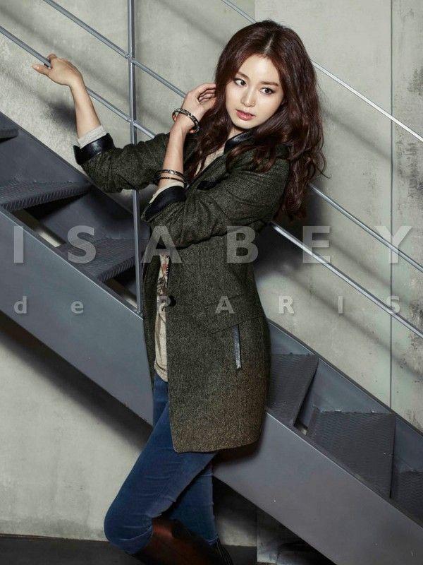 Kim Tae Hee   Actress - http://www.luckypost.com/kim-tae-hee-actress-77/