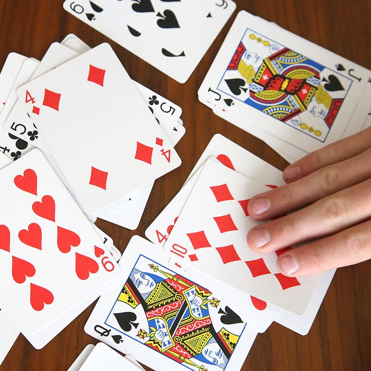 How to play California Speed. Easy and fun card game for kids and adults. Great activity for summer, family reunions, vacations, etc.