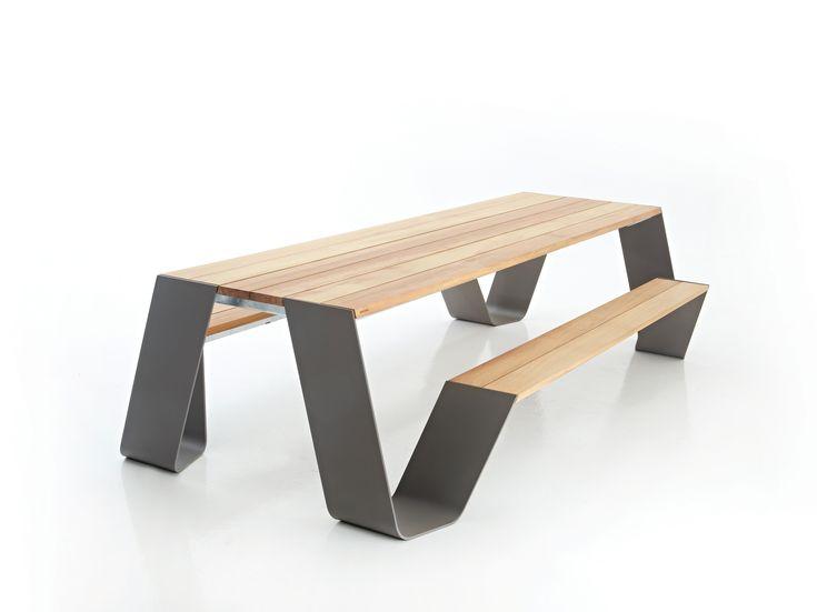 De ouderwetse picknicktafel in een tijdloos designjasje Roomed | roomed.nl