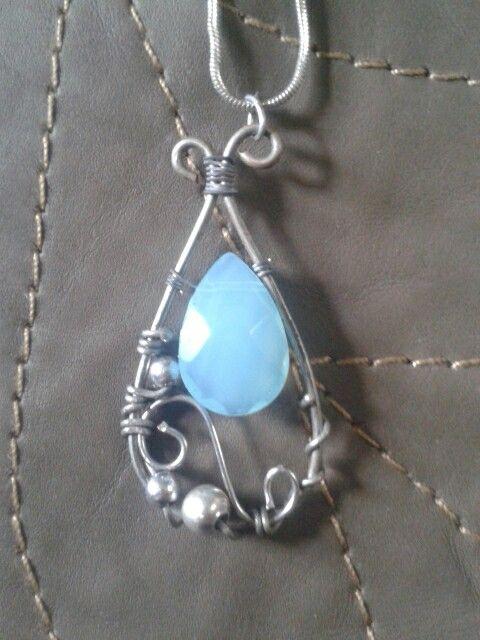 Handmade wire wrap pendant. :) €12