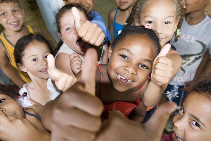 Glade børn fra SOS-socialcentret i Sao Paolo, Brasilien. Gennem socialcentret får udsatte familier hjælp til at klare hverdagen. #vulnerablechildren #hopeforthefuture
