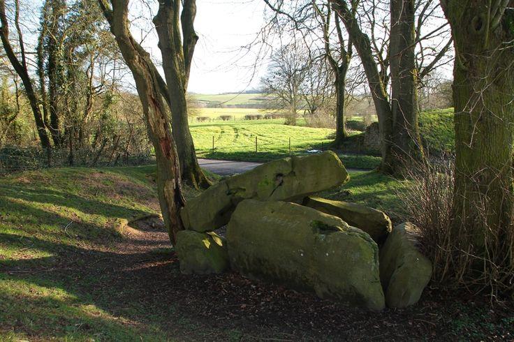 Le dolmen de Fresnicourt.( Pas-de-Calais )