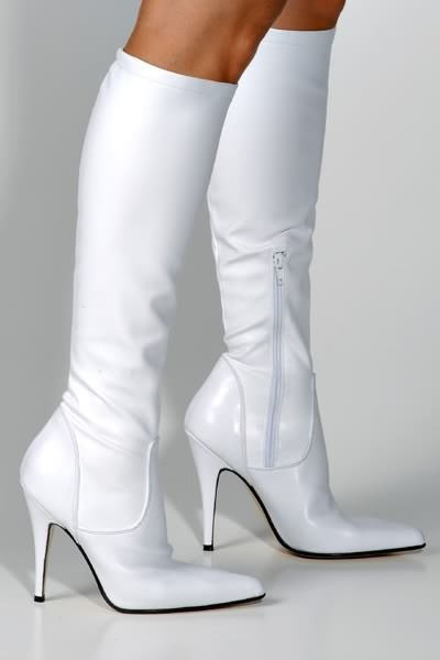high heels: Outfit