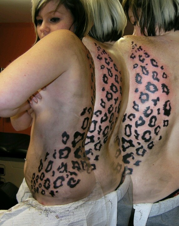 badass leopard print tattoo looks painful but awesome tattoos pinterest awesome. Black Bedroom Furniture Sets. Home Design Ideas