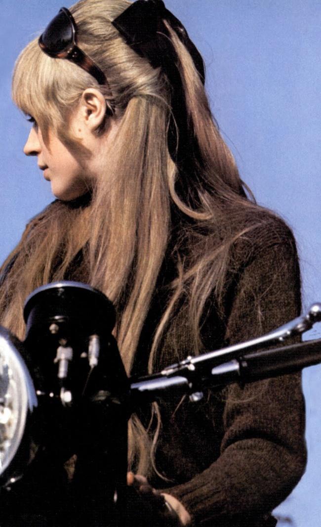 Rag Pony: Marianne Faithfull