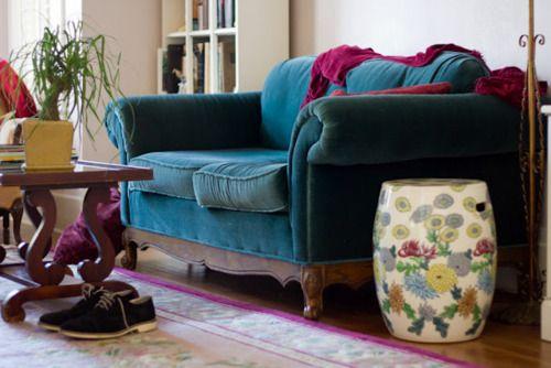 Beautiful worn in velvet sofa: Blue Velvet, Bohemian Interiors, Living Rooms, Moon Interiorinspir, Inspiration Bohemia, Moon Interiors Inspiration, Bohemian Sofas, Bohemian Style, Dreams Couch